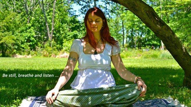 Anna Chmielewska meditating outside