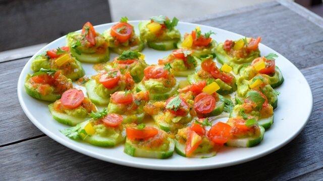 Cucumber-chip nachos with avocado and salsa