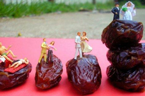 Fruit art by Anne Osborne - a couple is married on dates - Fruit-Powered