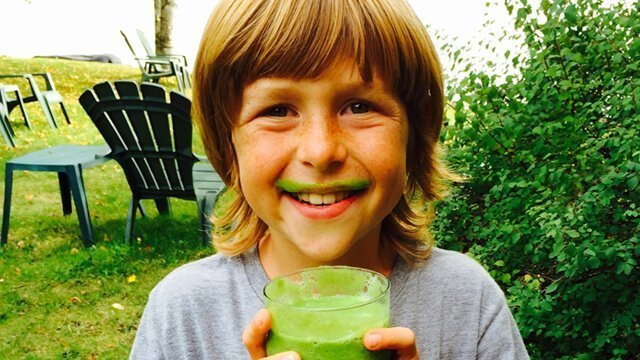 Recipe for Pear & Spinach Smoothie from Raw Food Levi