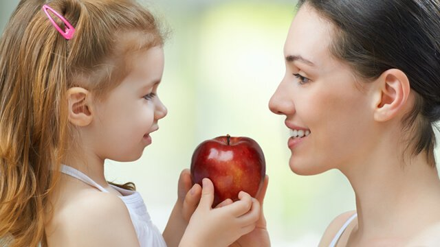 Can a Child Be Raised As a Raw Vegan?