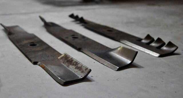 Medium-lift, high-lift and gator lawnmower blades