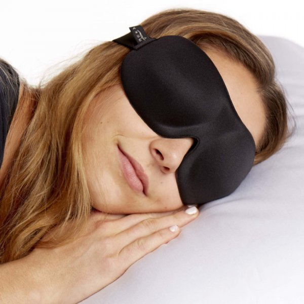 Bucky 40 Blinks Ultralight Sleep Mask - woman wearing - Fruit-Powered Store