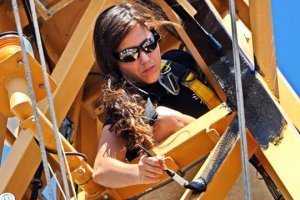 Tarah Millen paints aboard a Sea Shepherd ship