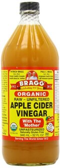 Label of Bragg apple cider vinegar