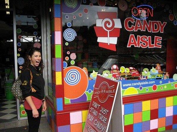 Rawthenticity's Lori Weiss standing outside Candy Aisle
