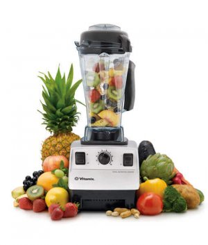 Vitamix blender with fruits 300x0 - Vitamix 5200 Blender