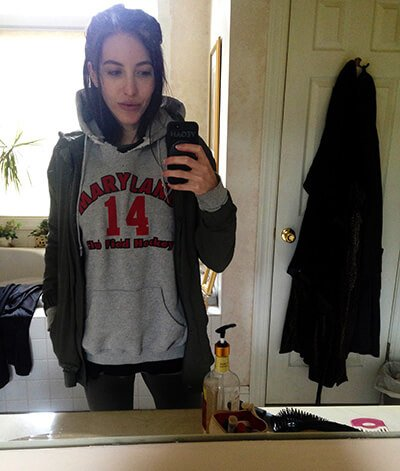Jenny Lapan wears a Maryland field hockey sweatshirt