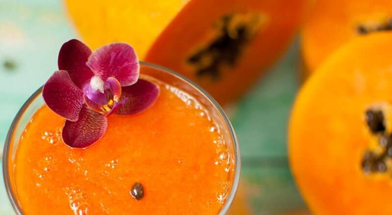 Blended and whole papayas
