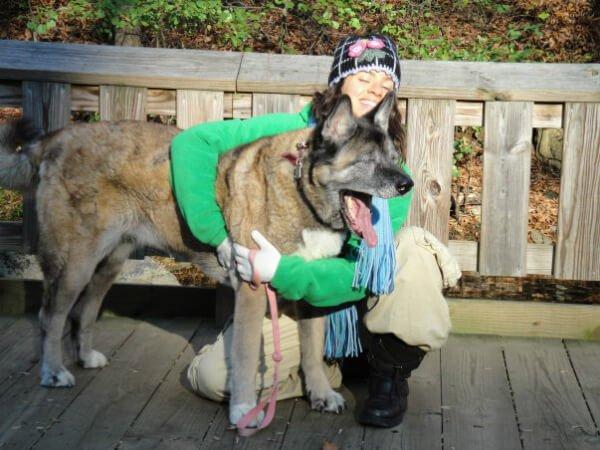 Michelle Jolene hugs her dog Kaya - everlasting love - afterlife message