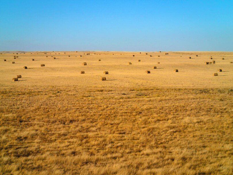 Ken Ilgunas - Montana hay field - vandwelling - wanderlust - society - Fruit-Powered