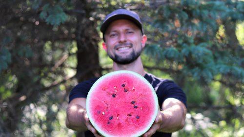 Raw Vegan Tips - Matt Bennett presenting watermelon - Fruit-Powered