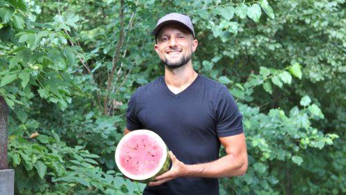 Raw Vegan Transformations - Matt Bennett holding watermelon - Fruit-Powered